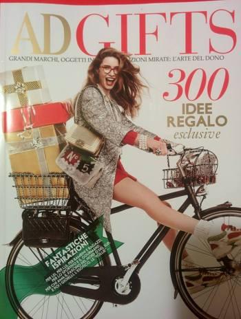 AD Gift - Bugatti B35 Color Drops di Luca Moretto